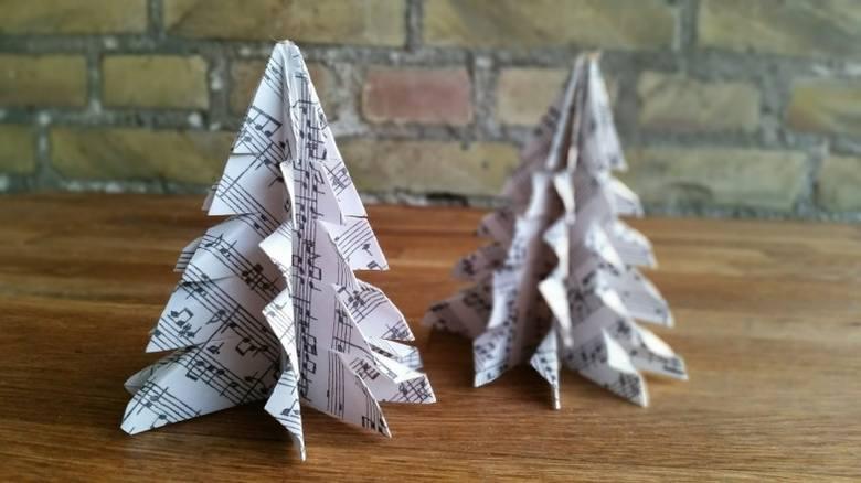 Dekoracje świąteczne z papieru.