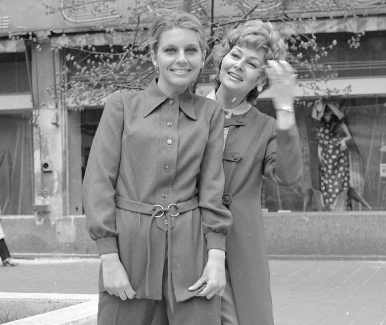 Mówi się, że moda ma to do siebie, że co jakiś czas wraca. Dotarliśmy do zdjęć z kolekcji jesiennej, wykonanych w 1971 r. Czy ubrania, które noszą modelki,