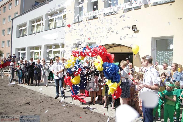 Przedszkole Publiczne nr 12 przy ul. Bukowej we Włocławku obchodziło w środę jubileusz 55-lecia istnienia. 30 lat temu placówka uzyskała imię Ewy Szelburg-Zarębiny.