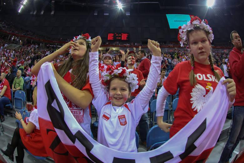 Kibice podczas meczów ME rozgrywanych w Polsce