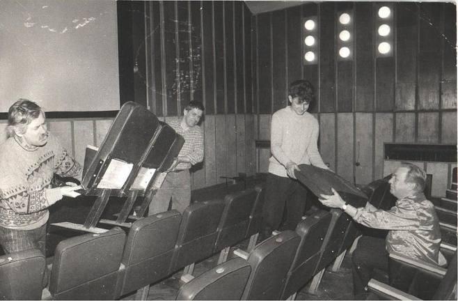 To nie żart. W roku 1968 poznaniacy mogli oglądać filmy w dziewiętnastu kinach rozsianych po całym mieście. Niestety, do dzisiaj przetrwało tylko pięć.