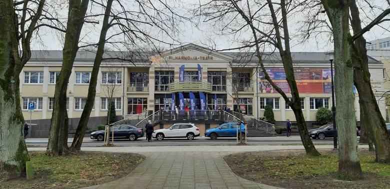 W niedzielę 19.01.2020 odbyła się konwencja Roberta Biedronia w Słupsku. Robert Biedroń konwencją w Słupsku rozpoczął kampanię jako kandydat Lewicy w