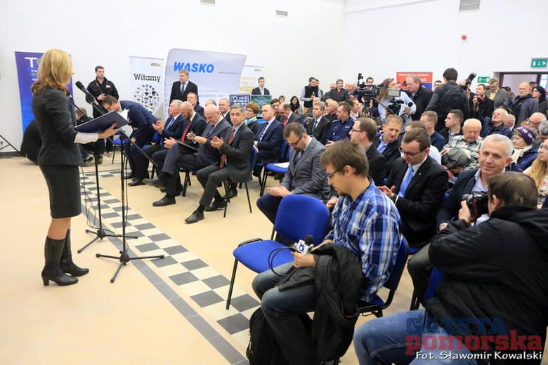 12 listopada 2015 r. Dworzec Toruń Główny został oficjalnie otwarty