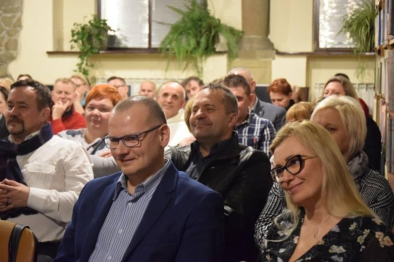 """Bronek z Obidzy wydał kolejny tomik wierszy zatytułowany """"Pielgrzym. 66 wierszy"""" [ZDJĘCIA]"""
