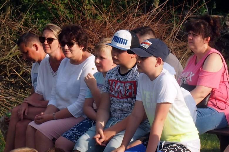 Rugby Club Skierniewice kończy sezon ogniskiem rodzinnym