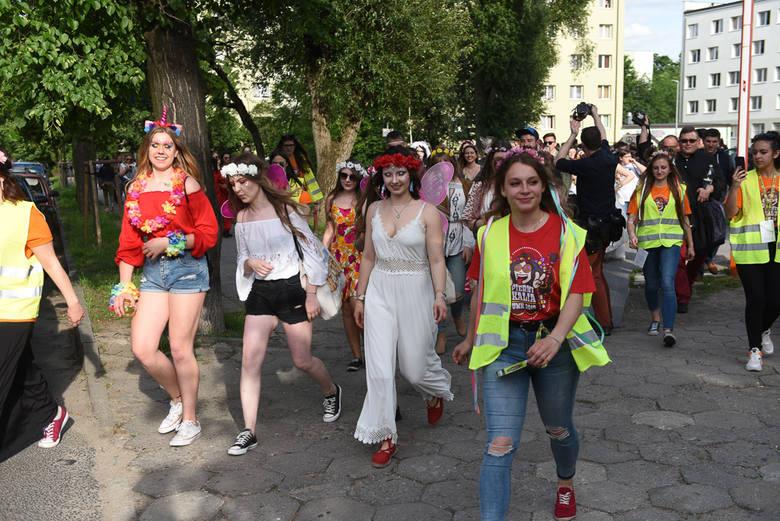 Już nie juwenalia, ale Piernikalia - w Toruniu trwa święto studentów Uniwersytetu Mikołaja Kopernika. Wśród tegorocznych artystów Kult, Ten Typ Mes,