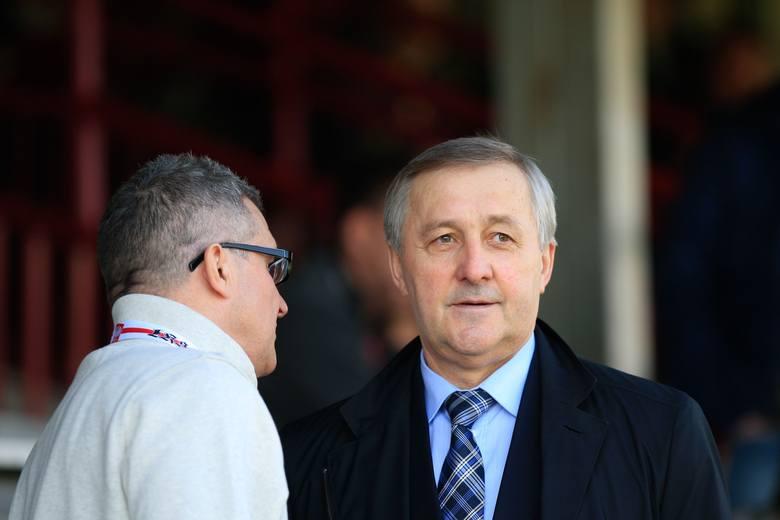 Dyrektor ŁKS Zbigniew Domżał i Edward Potok, były członek zarządu PZPN