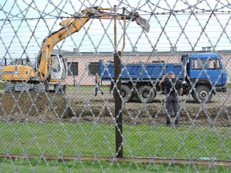 Rozpoczęła się budowa hali produkcyjnej w łowickim więzieniu [ZDJĘCIA]