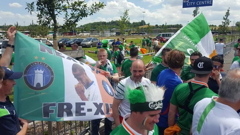 Kibice Francji i Irlandii na ulicach Lyonu głośni byli już na długo przed rozpoczęciem spotkania o ćwierćfinał Euro 2016. Zobacz fotorelację z Lyonu