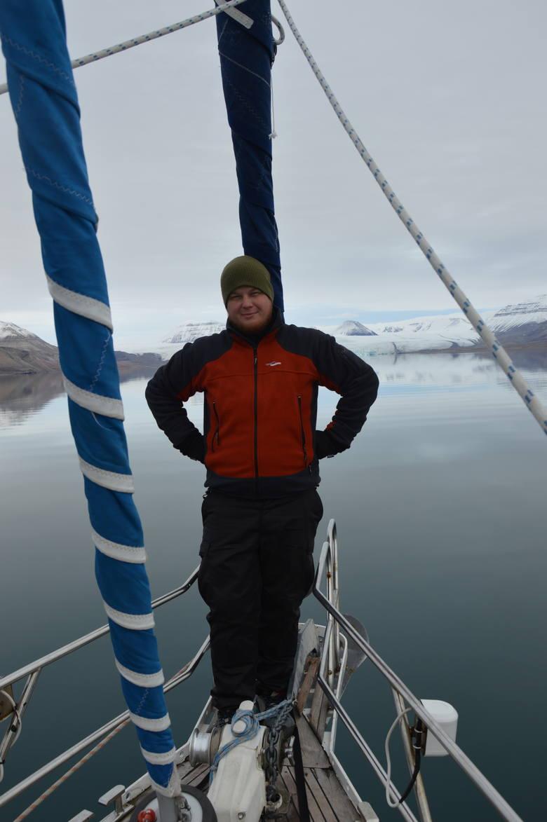 Opłyną dookoła Spitsbergen, aby pomóc dzieciakom