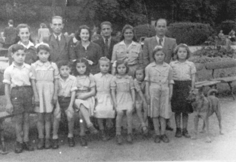 Odwiedziny krewnych u greckich dzieci w sierocińcu