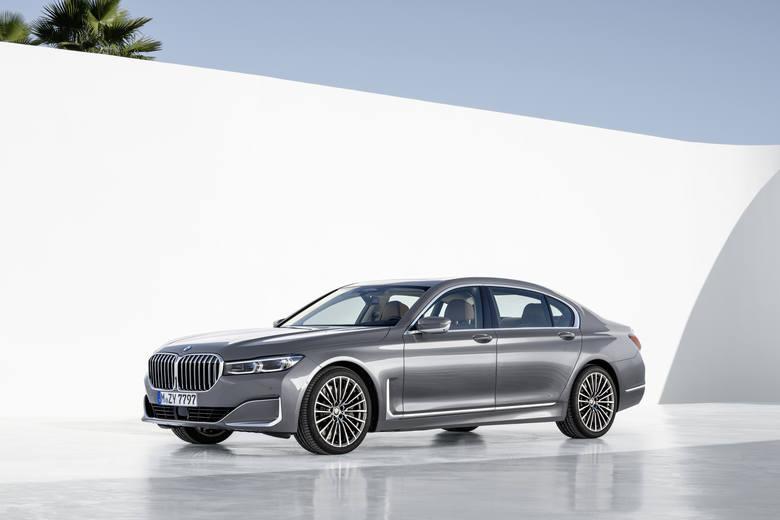 BMW 750 - Adam Kownacki