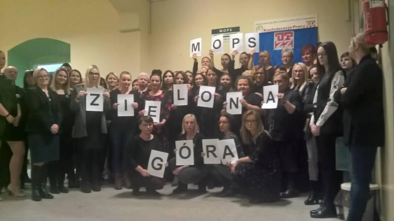 Protest pracownic MOPS Zielona Góra