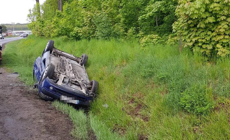 Do groźnie wyglądającego zdarzenia doszło dziś rano (15 maja) w miejscowości Szabda (powiat brodnicki).- Policjanci ruchu drogowego, którzy pojechali