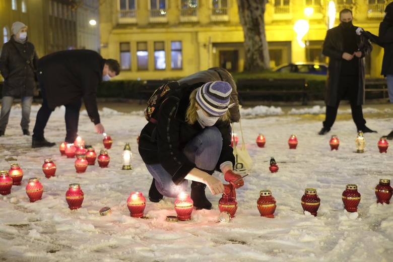 W czwartek przypada druga rocznica śmierci prezydenta Gdańska. Paweł Adamowicz zmarł w wyniku ataku napastnika, który wdarł się na scenę podczas finału