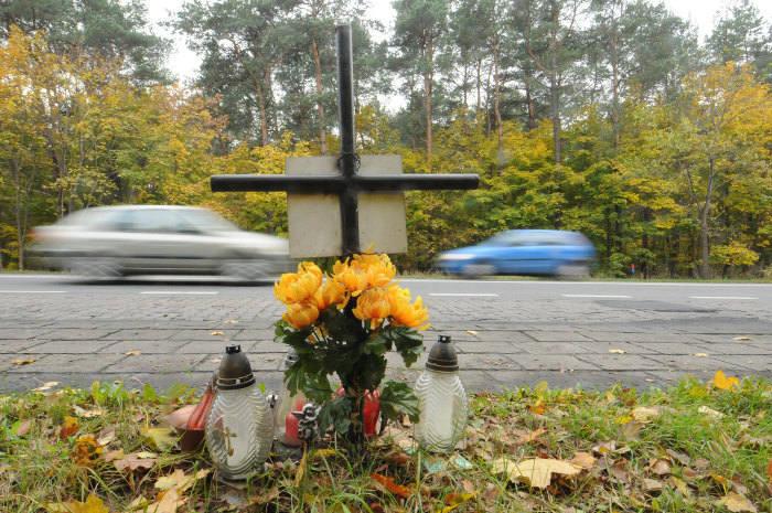 Ostatnie dni były tragiczne w regionie. W wypadkach drogowych zginęło 5 osób, kilka zostało rannych. Po raz kolejny apelujemy o ostrożność za kierownicą!Flesz