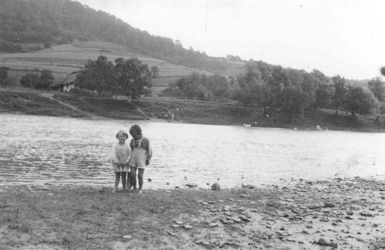 Ponad pół wieku temu powstała słynna zapora w Solinie. Musiano zatopić wiele wsi