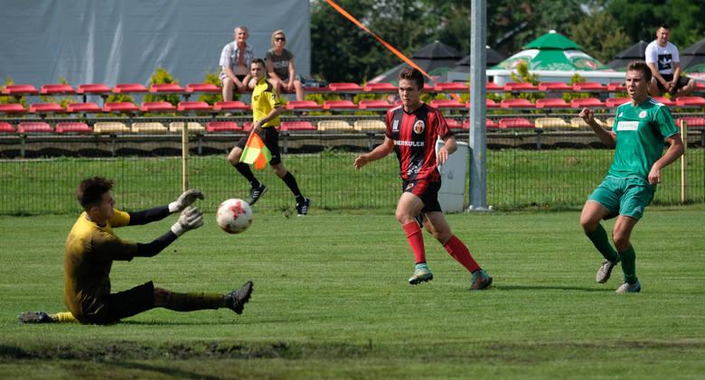 W sobotnim sparingu Wólczanka Wólka Pełkińska pokonała na swoim stadionie Izolatora Boguchwała 3:0. Bramki strzelali Szewc, Kocur i Wrona.