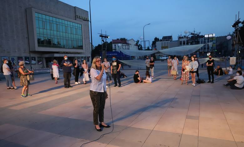 W Radomiu wystartował festiwal teatrów ulicznych