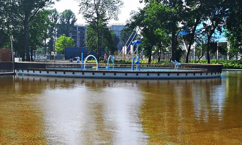 Kraków. Park Jordana wzbogacił się o wodne atrakcje. Ale przez wirusa na razie pozostaną niedostępne [ZDJĘCIA]