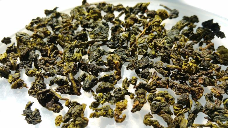 Herbata oolong to specjalnie odmiana zielonej herbaty o szczególnie silnym wpływie na spalanie kalorii