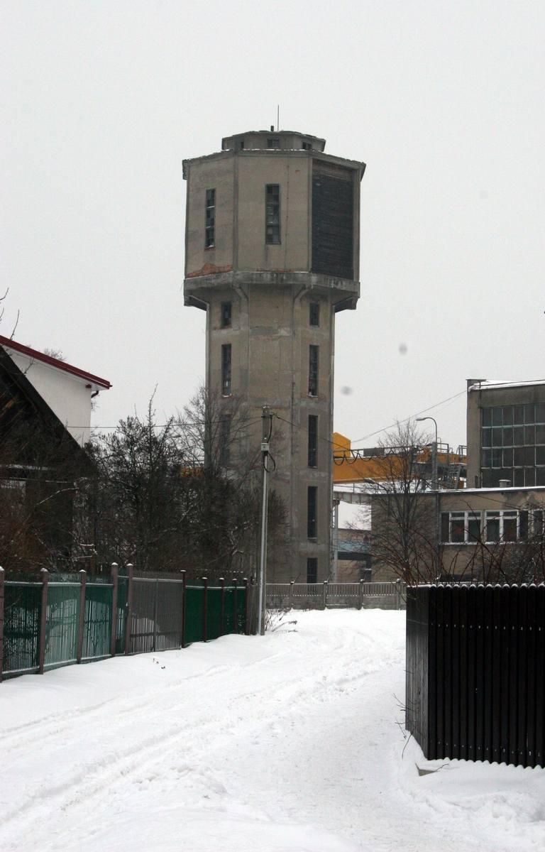 W 1950 roku zbudowano wieżę ciśnień, której konserwatorzy długo nie chcieli jednak wpisać do rejestru. W końcu jednak tak się stało.