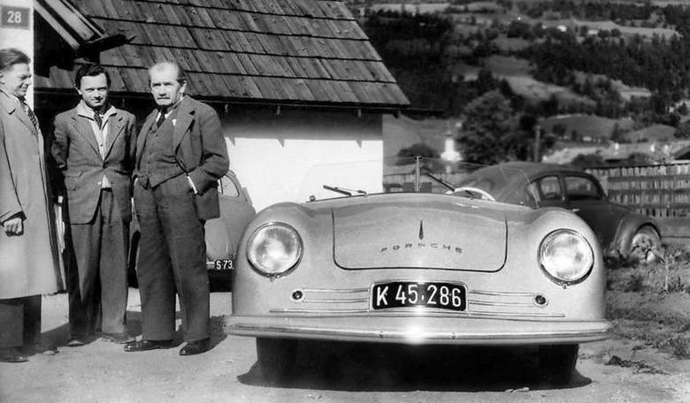 Od 1950 r. samochody Porsche odnoszą zwycięstwa w wyścigach i rajdach. Tu - specjalnie przygotowany egzemplarz modelu 356, który zwyciężył w klasie do