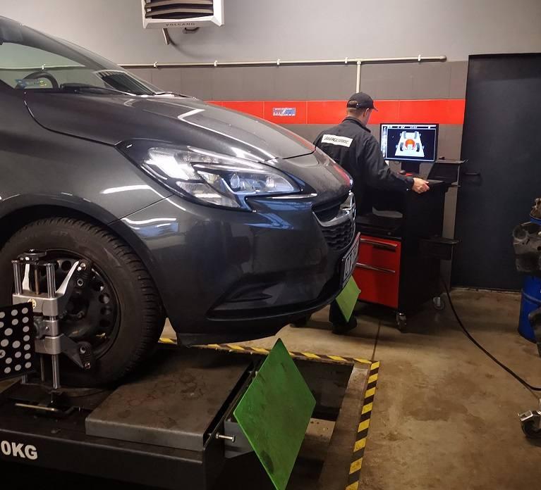 Auto Serwis -Szybkie naprawy bez kolejki! Nowoczesny Warsztat