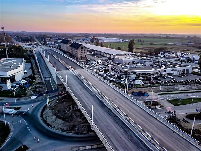 Budowa obwodnicy piastowskiej Opola ma być sfinalizowana do końca roku. Blisko czterokilometrowa trasa połączy obwodnicę północną z węzłem na ul. Niemodlińskiej.