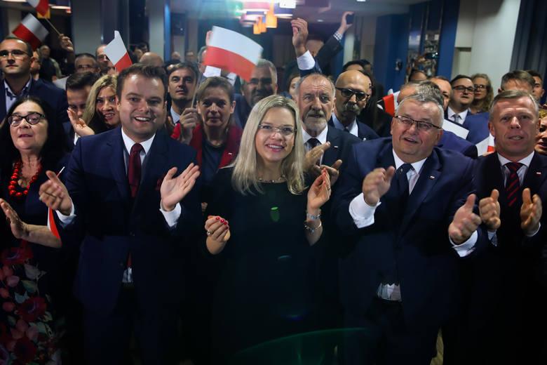 Według sondażu PiS w Małopolsce zdobył ponad 50% głosów