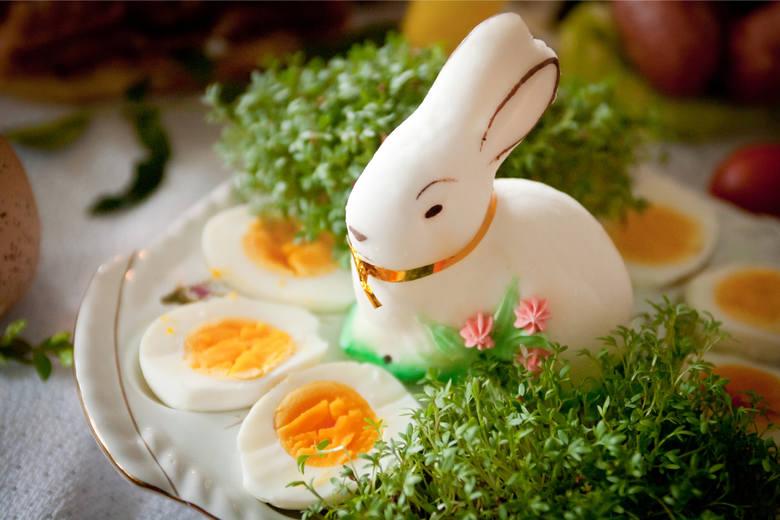 Życzenia na Wielkanoc 2020: Piękne religijne życzenia. Złóż rodzinie i znajomym, nawet jeśli nie możesz ich odwiedzić [ŻYCZENIA, SMS]