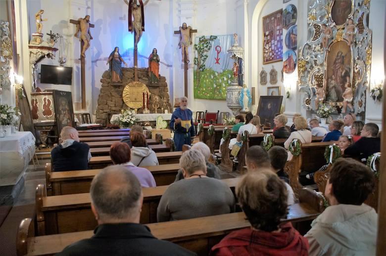 Fundacja Kalwaria Pakoska, wspólnie z pakoskim franciszkanami, zaprosiła mieszkańców regionu do udziału w Europejskiej Nocy Muzeów. W tym roku zorganizowano