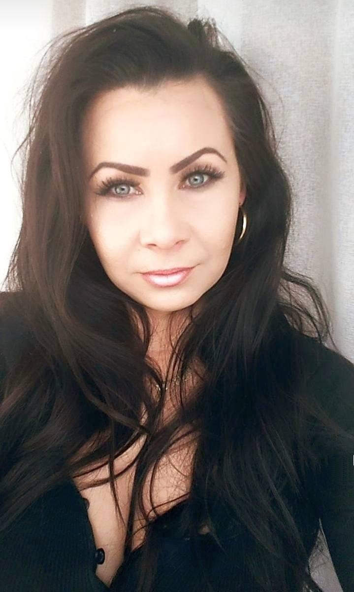 Aneta Konopka, Salon Fryzjerski Aneta Konopka, KolnoŻeby zagłosować, wyślij SMS o treści BLA.108 na numer 72355Wszystko o naszym plebiscycie - kandydaci,