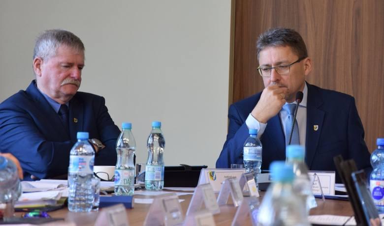 Sesja rady powiatu nowosolskiego, 22 lutego 2019 r.<br /> Andrzej Dela<br /> Jarosław Suski