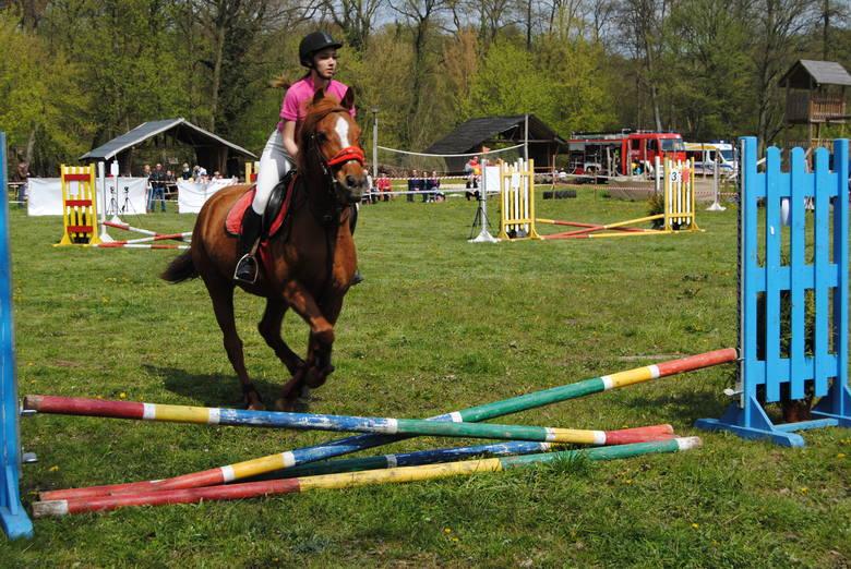 Turniej jeździecki w Gorzycy