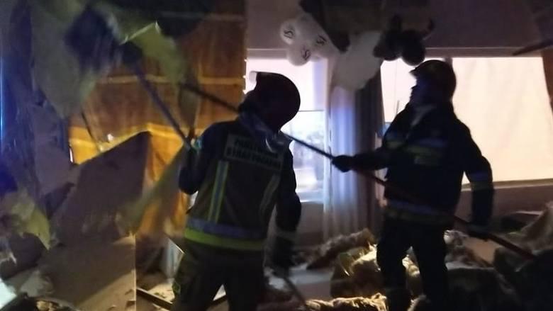 Działania strażaków trwały prawie pięć i pół godziny. W akcji brało dział osiem zastępów: 4 z JRG Chodzież, 2 z OSP Szamocin, 1 z OSP Margonin i 1 z