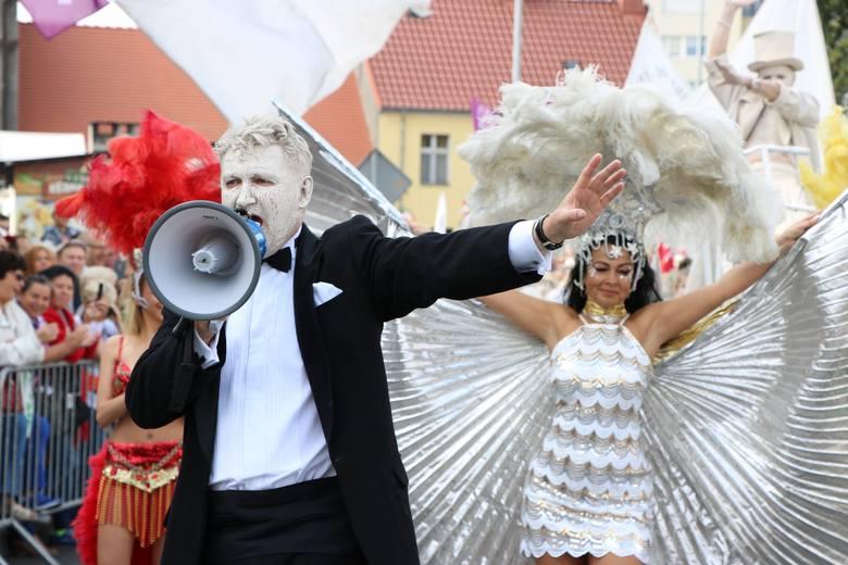 Dyrektor Lubuskiego Teatru, Robert Czechowski, jest dyrygentem całego przedsięwzięcia.