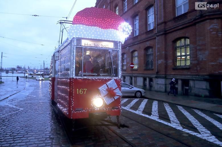 Świąteczny tramwaj będzie jeździł po Szczecinie. Start w Mikołajki