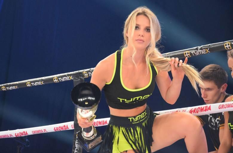 """Podczas piątkowej gali Tymex Boxing Night w Pionkach urodą zachwycały tak zwane """"Ring Girls"""". Zobaczcie nasze gorące zdjęcia!ZDJĘCIA"""