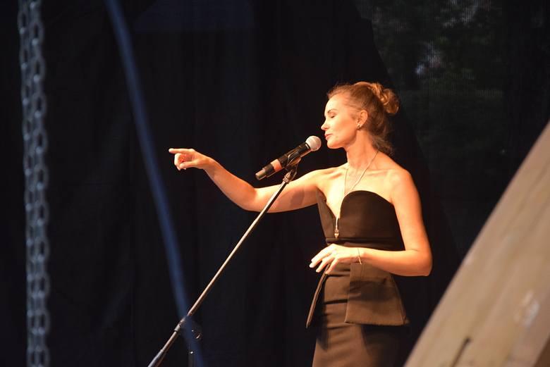 Julita Kożuszek śpiewała utwory m.in. Jana Jakuba Należytego i Agnieszki Osieckiej.