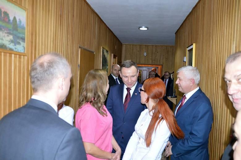 Prezydent odwiedził we wtorek Hajnówkę. Andrzej Duda m.in. złożył wizytę w cerkwi, spotkał się z mieszkańcami i zjadł obiad w miejscowej plebanii. Menu