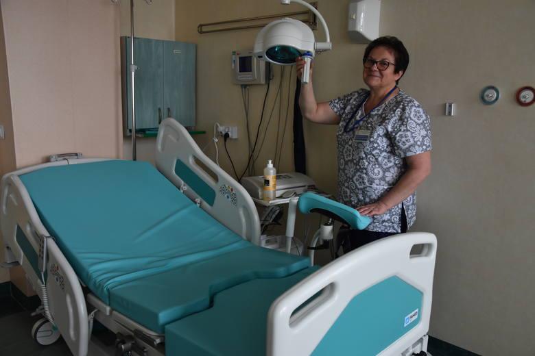 Katarzyna Węgrzyńska: nowe łóżka mają specjalne boczne poręcze dla zabezpieczenia mamy i jej nowo narodzonego dziecka