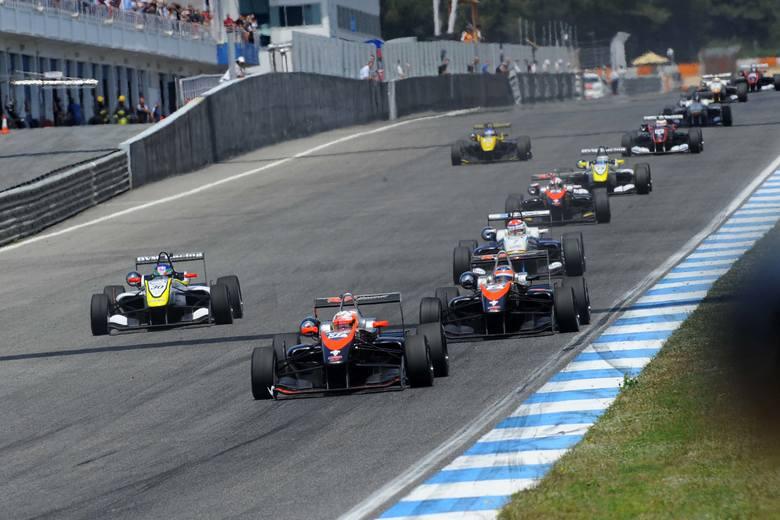 Igor Waliłko jedzie do Formuły 1 i nigdzie nie skręca
