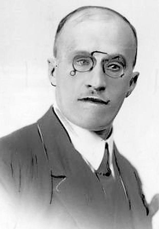 Przewodniczący rady miejskiej profesor Roman Młyński, na którym spoczął główny obowiązek zorganizowania obchodów 11 listopada w 1928 roku. Ze zbiorów Narodowego Archiwum Cyfrowego.