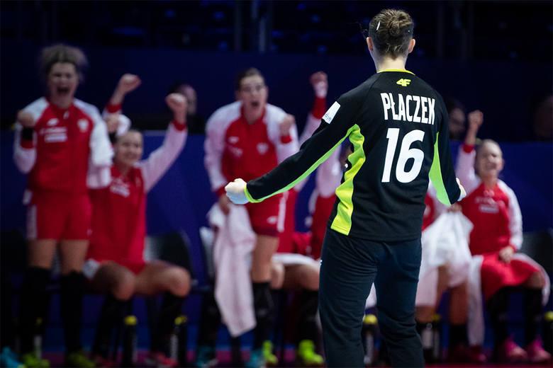 Adrianna Płaczek świetnie spisała się w meczu ze Szwecją, ale i tak nasza drużyna przegrała.