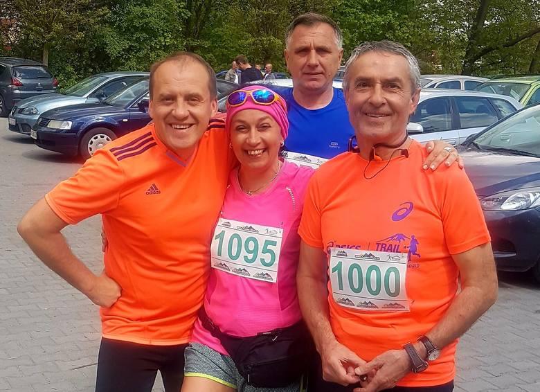 W sobotę w Morawicy odbyły się kolejne zawody z cyklu Cross Run. Wystartowało 80 biegaczy. Rywalizacja była niezwykle emocjonująca.- Zawodnicy biegli
