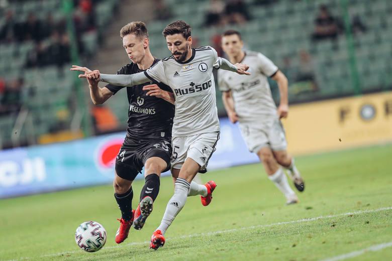 W 4. kolejce PKO Ekstraklasy Legia Warszawa przegrała u siebie z Górnikiem Zabrze 1:3. Po tamtym meczu zwolniony został trener Aleksandar Vuković. W