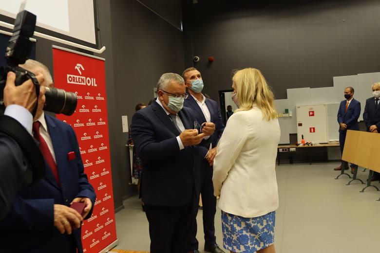 XIV Forum Budownictwa w Krakowie: Jak się rozwijać mimo pandemii. Krakowskie metro, bezpieczeństwo, nowe prawo budowlane