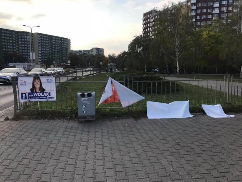 Kto niszczy plakaty wyborcze na Psim Polu? (ZDJĘCIA)