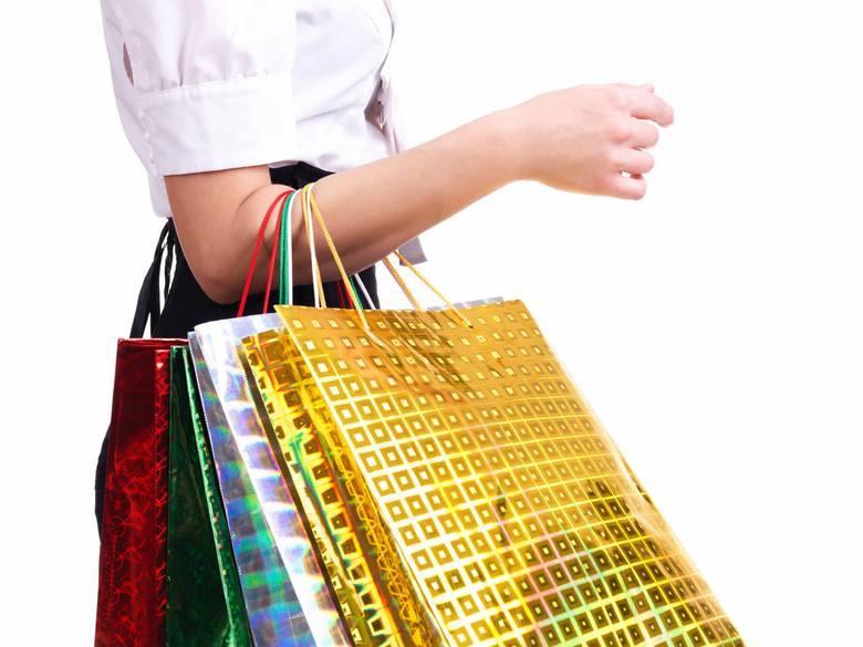 Reserved Tylko dzisiaj: zrób bliskim prezent - darmowa dostawa! Szczegóły na stronie internetowej http://www.reserved.com/pl/pl/5.10.15.25% rabatu na